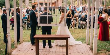 Caribou Bay Retreat Weddings in Coloma WI