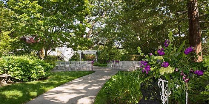 Newcastle Wedding Gardens & Red Horse Barn Weddings   Get ...