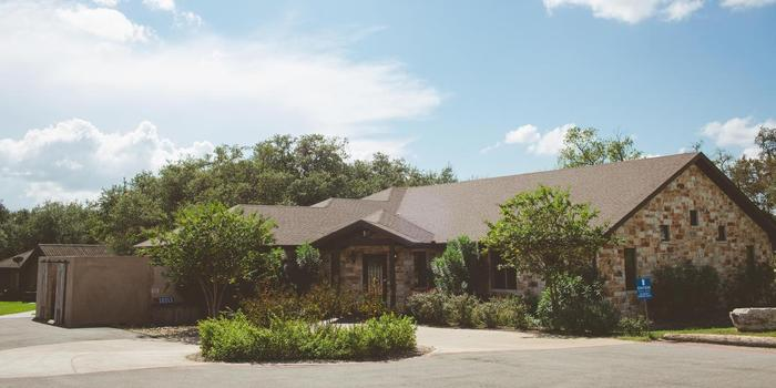 Ranch Austin wedding venue picture 3 of 8 - Photo by: Amanda Pomilla Photography