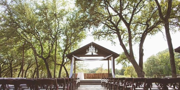 Ranch Austin wedding venue picture 4 of 8 - Photo by: Amanda Pomilla Photography