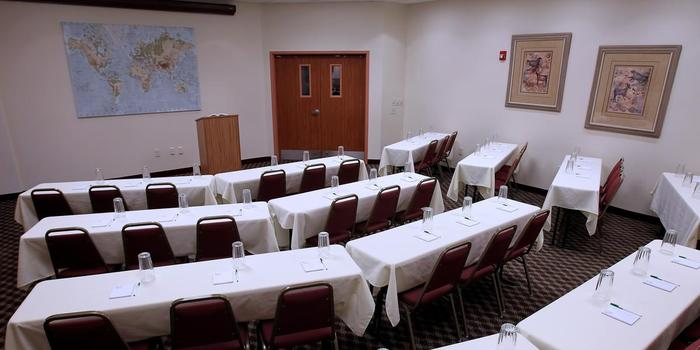 Garden Place Suites Weddings Get Prices For Wedding