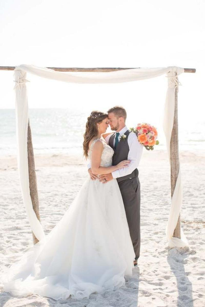 The Sunset by Gulf Drive Cafe Weddings | Get Prices for ...