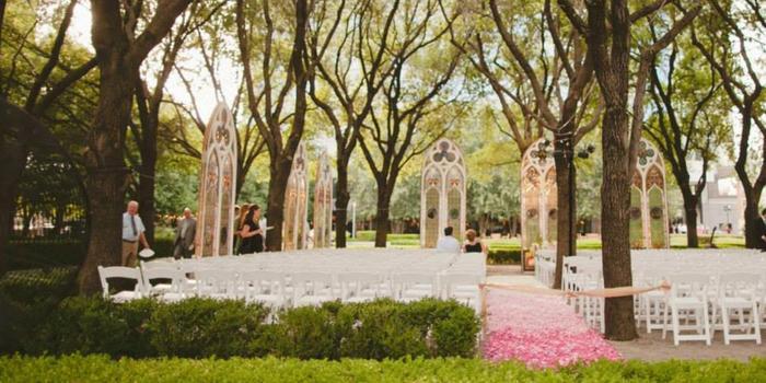 Marie Gabrielle Restaurant and Gardens Weddings | Get ...