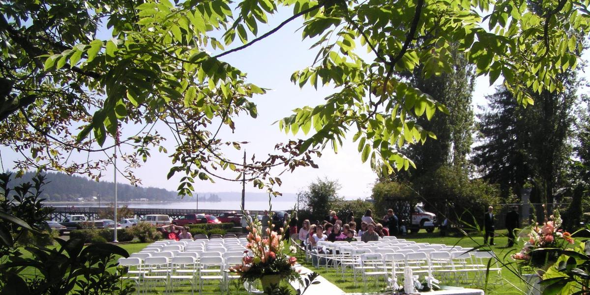 Outdoor Wedding Venues Washington State: Allyn Waterfront Park Weddings