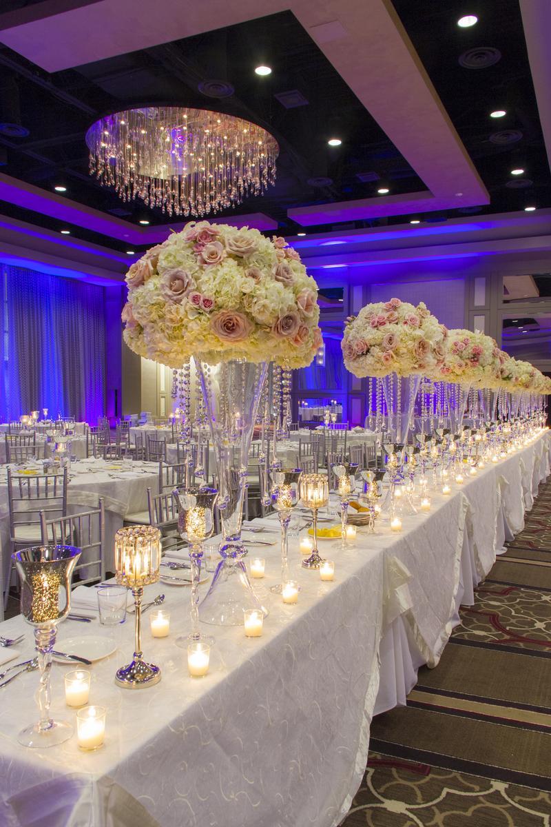 Hyatt Regency New Orleans Weddings Get Prices for Wedding Venues